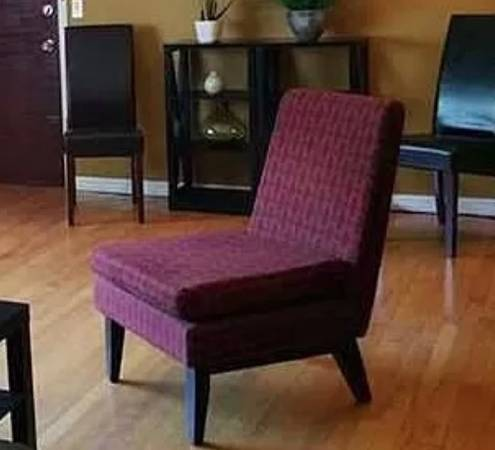 Free furniture (little havana)
