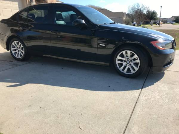 BMW 325 2006 – $4500 (Dallas)