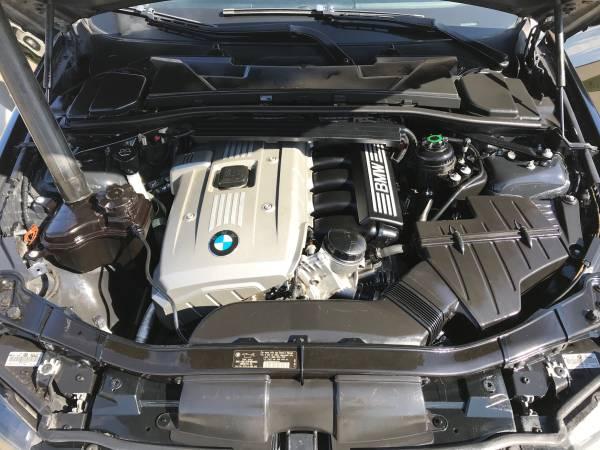 BMW 325 2006 – $4500 (Dallas)