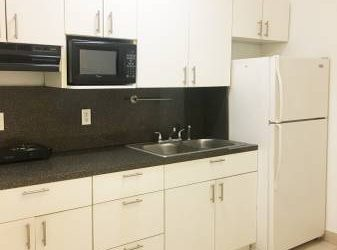 $850 / 1br – One Bedroom Efficiency / Studio Recently Updated Great SW Area Miami (5835 SW 4 St)