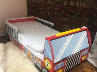 Toddler bed fire truck (West Village)