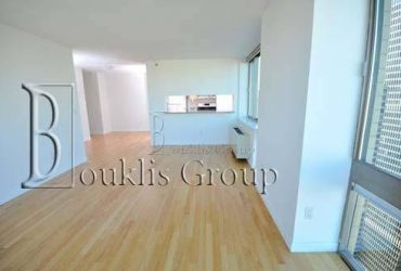 $2750.00 / 1br – _____Ultra Luxurious LAYOUT_________Walk In Closet___Great Location___ (TriBeCa)