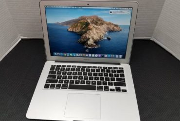 "13"" Apple MacBook Air i5 4GB 128GB SSD LIKE NEW – $369 (Hialeah)"