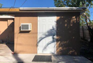 $700 Efficiency for rent (Miami Gardens)