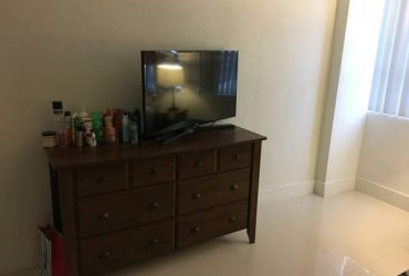 $1200 FLAMINGO TOWERS SOUTH BEACH MIAMI FURNISHED PRIVATE ROOM AND BATHROOM (South Beach Miami Beach)