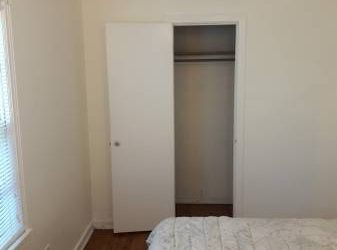 Great furnished room, Great location for employed optimist $600 (Saint Petersburg)