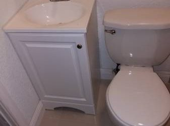 $1100 Efficiency for Rent (Hialeah/Country Club)