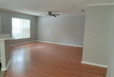 $1295 / 3br – 1215ft2 – Nice update 3/2 near Cambell Park in Downtown St.Pete! (St Petersburg)