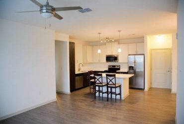 $1750 / 2br – 1100ft2 – Resort style community apartment for rent (Orlando , Maitland)