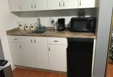 $750 Efficiency for rent (miami)