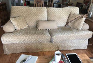 Free sofa bed queen size (Boca raton)