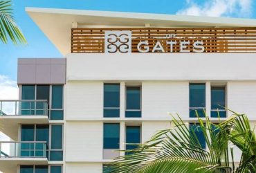 Hotel Positions (Bellperson, Guest Service Agents, Housekeeping) (Miami Beach)