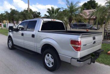 Ford f-150 V8 4.6 clean title – $8700 (Miami)