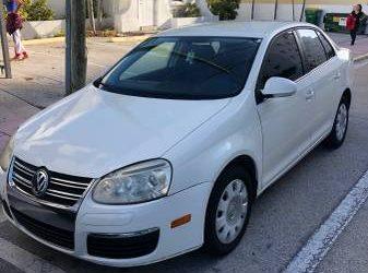 2007 Volkswagen Jetta 2.5 72K Miles – $2350 (Brickell)