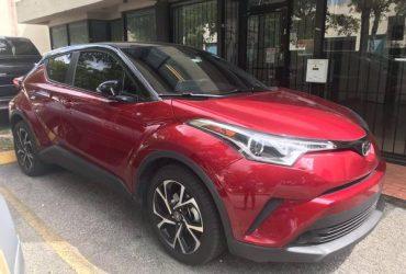 Toyota CH-R 2019 * 9000 miles like NEW – $18500 (MIAMI)