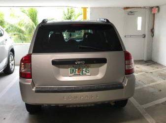 Jeep Compass 2009 – $5000 (Miami Beach Fl)