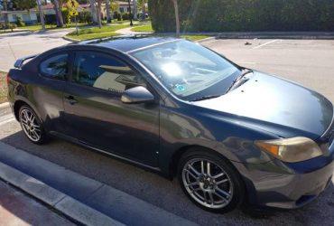Toyota Scion – $2500 (Miami beach)