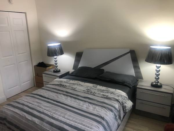 $700 Room for rent (Coconut Creek)