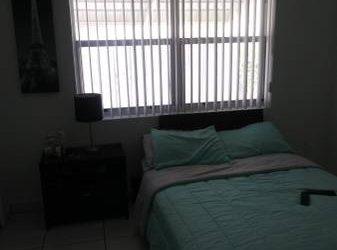$650 Renta. Habitacion. (Miami)