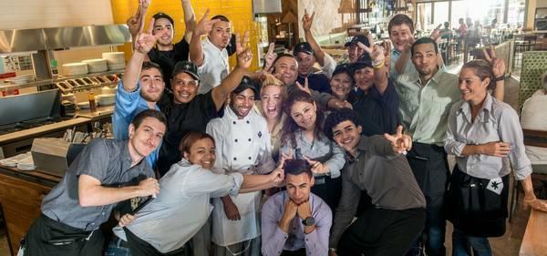 🍕California Pizza Kitchen | Now Hiring Servers, Cooks, & More!🍕 (Pembroke Pines)