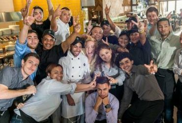 🍕California Pizza Kitchen | Now Hiring Servers, Cooks, & More!🍕 (Pembroke Pines)
