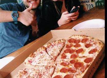 Gilroys Pizza is Hiring Drivers ASAP (Charleston)