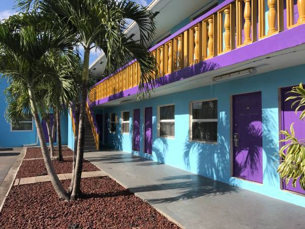 WEEKLY OR MONTHLY SPECIAL AMERICAN BEST INN HOTEL INCREDIBLE RATES (Homestead)
