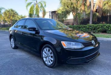 Volkswagen Jetta 2012 – $3700 (Doral)