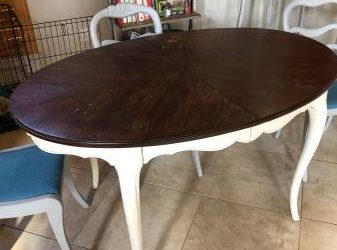 Table and Chairs (Riverplace TX)