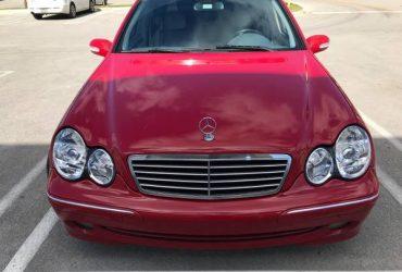 Mercedes-Benz c230 2004 – $4000 (Doral)