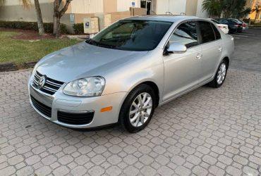 2010 Volkswagen Jetta – $3900