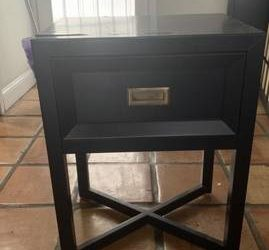 Free bed side table (Miami Beach)