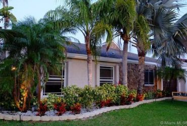 $3800 / 4br – 2358ft2 – It feels good to be home! Rentals in Weston. 4 Beds, 3 Baths (Weston)
