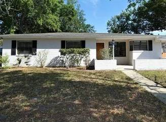 $900 / 3br – 1-Car Carport, Living Room, Dining Room, Family Room (Winter Park)