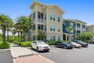 $1450 / 1br – 884ft2 – Tile backsplash, Dog park, Washer & dryer, Wine rack, Nature preserve