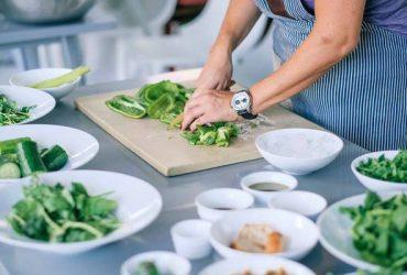 Se solicita cocinero, lavaplatos y ayudante de cocina en el Doral (Doral, FL)