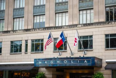 Cooks & Servers Wanted | Magnolia Hotel (Downtown Houston)