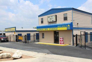 Manager for Self Storage Facility (no experience necessary) (San Antonio)