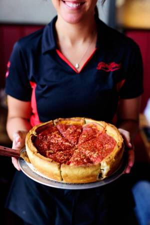 🌟🌟 🌟 Hiring Pizza Makers, Servers, Bussers 🌟 🌟 🌟 (Orlando)