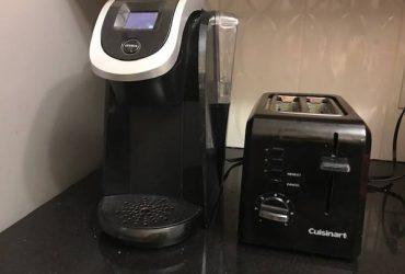 coffee machine KEURIG and Toaster (Upper East Side)