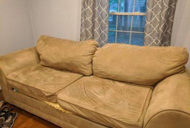Beige microfiber sofa (N Chesterfield)