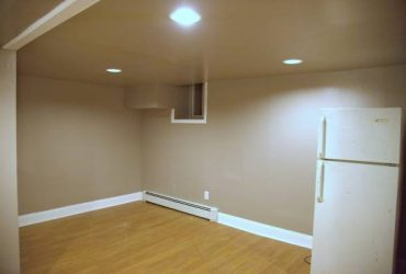 $1300 / 1br – SMALL 1BR BASEMENT APT IN A PRIVATE HOUSE (OWNER OCCUPIED)