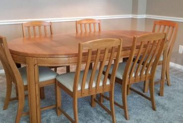 Dining table w/ 6 chairs Free! (south florida)