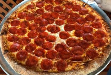 PIZZA MAKER full or part time (292 NW 172 Ave Pembroke Pines, FL)