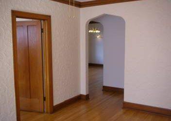 $785 / 1br – Beautiful , renovated 1 BDRM. – convenient NW location ((Laramie at Wellington))