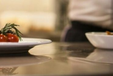 PRIVATE CHEF/LIVE OUT – $1200 Weekly (Midtown)
