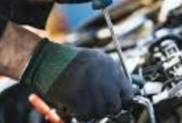Auto Mechanic needed (Forest pk)