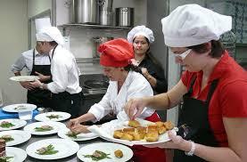 Cocinero y Ayudante de Cocina con experiencia (136 N. Military Trail, West Palm Beach)