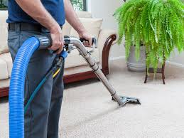 LOOKING FOR CARPET-CLEANING TECH/subcontractors (MIAMI)
