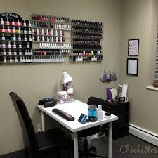 Nails tech space available
